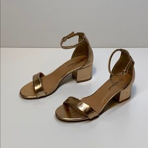 Top Moda heeled sandal rose gold size 6